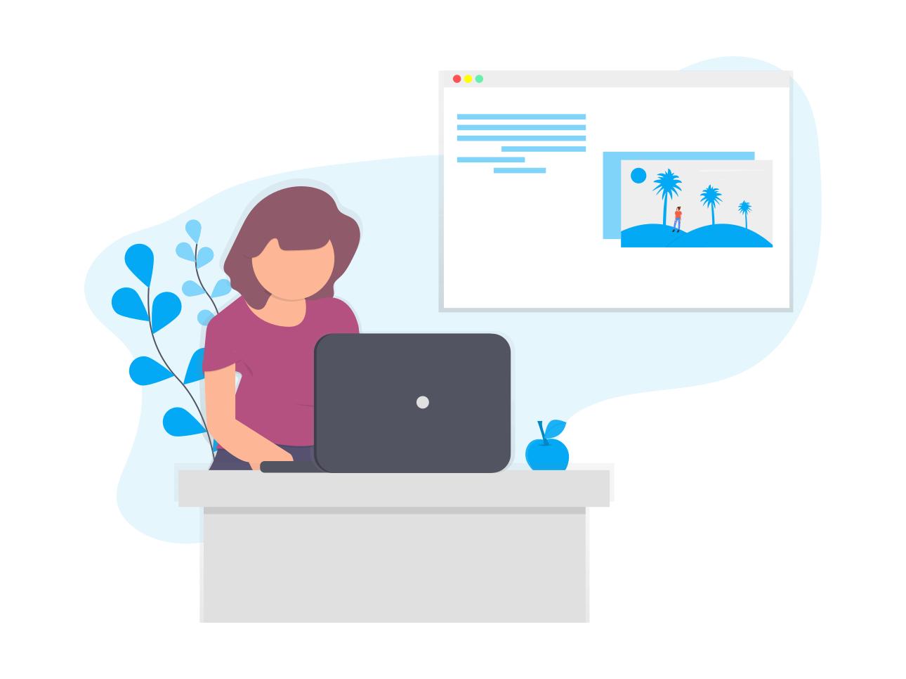 Kobieta z laptopem pisze pierwszy wpis na bloga Wordpress.